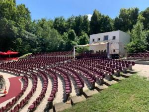 Nyit a Budai Szabadtéri Színház