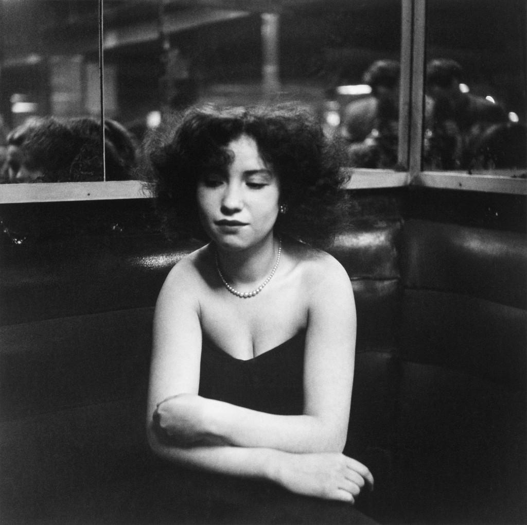Robert Doisneau_Anita kisasszony, La Boule Rouge, Párizs, 1951, 18x18cm, zselatinos ezüst_Atelier Robert Doisneau