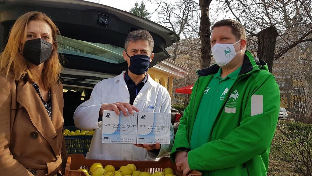 250 kilogramm almát adományozott a Gróf Széchenyi Család Alapítvány a Bethesda Gyermekkórháznak5